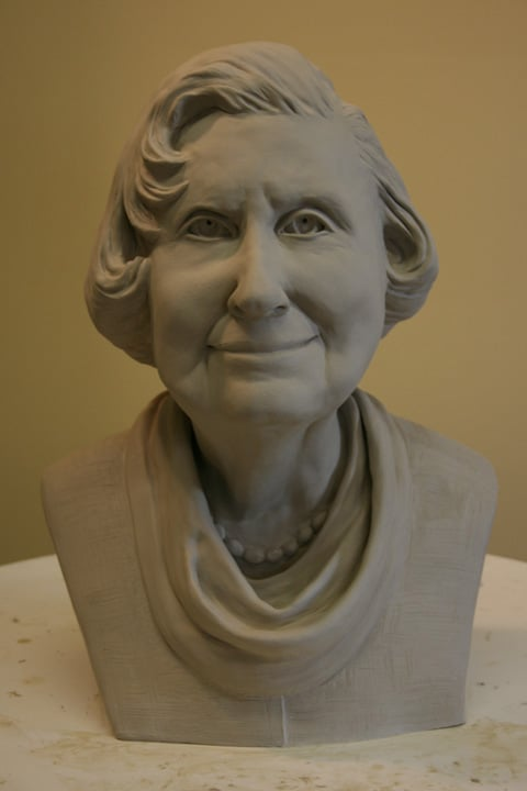 portrait sculpture of Lucille by Ohio Artist Terri Meyer